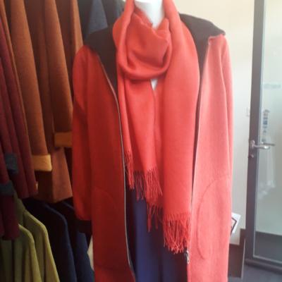 Unsere Qualität ist unsere Erfolg! Doppelseitig Mantel schwarz-rot